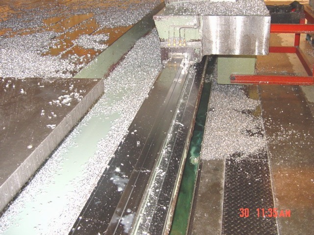 http://www.machinetools247.com/images/machines/11050-SNK PM-6B Profiler 5.jpg