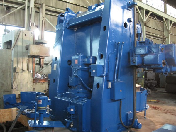 http://www.machinetools247.com/images/machines/13155-Tos SK-16 e.jpg