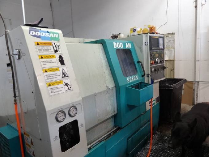 http://www.machinetools247.com/images/machines/14462-Doosan S280N.jpg