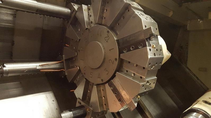 http://www.machinetools247.com/images/machines/14575-Doosan Puma-400 LB 5.jpg