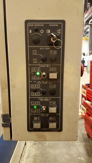http://www.machinetools247.com/images/machines/14575-Doosan Puma-400 LB 7.jpg