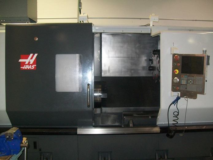 http://www.machinetools247.com/images/machines/14711-Haas ST-40T M BB 1.JPG