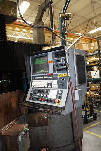 http://www.machinetools247.com/images/machines/14991-Giddings and Lewis Series 512 - 800 g.jpg