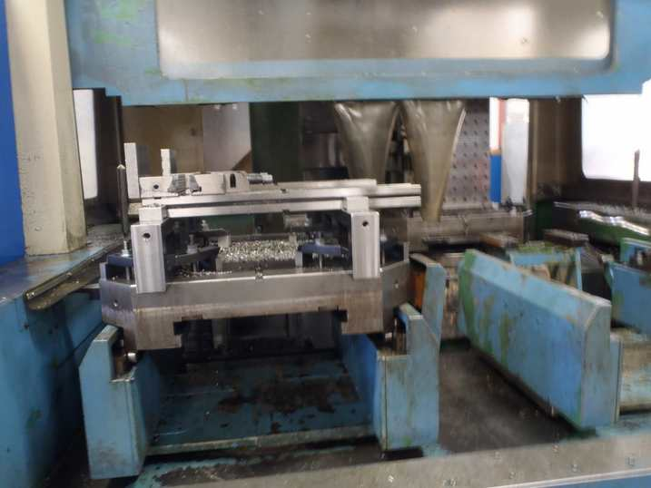 http://www.machinetools247.com/images/machines/15011-Mazak H-800 f.jpg