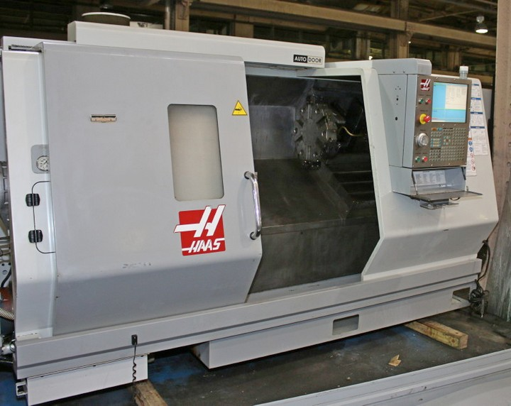 http://www.machinetools247.com/images/machines/15203-Haas SL-30 M BB 1.jpg
