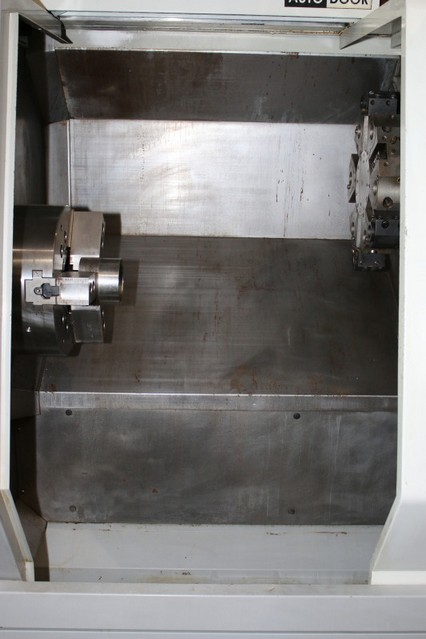 http://www.machinetools247.com/images/machines/15203-Haas SL-30 M BB 3.jpg