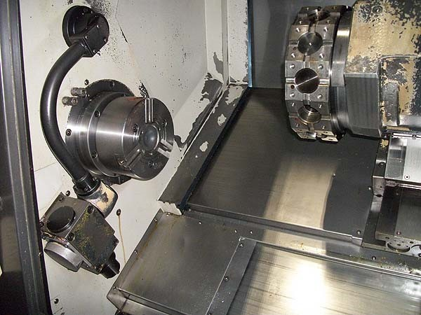 http://www.machinetools247.com/images/machines/15276-Doosan Puma-2000 SY 1.jpg