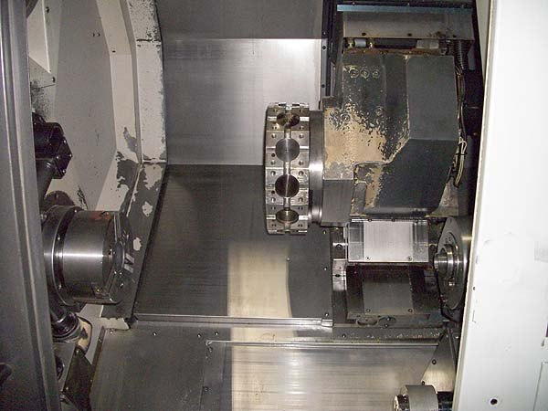 http://www.machinetools247.com/images/machines/15276-Doosan Puma-2000 SY 3.jpg