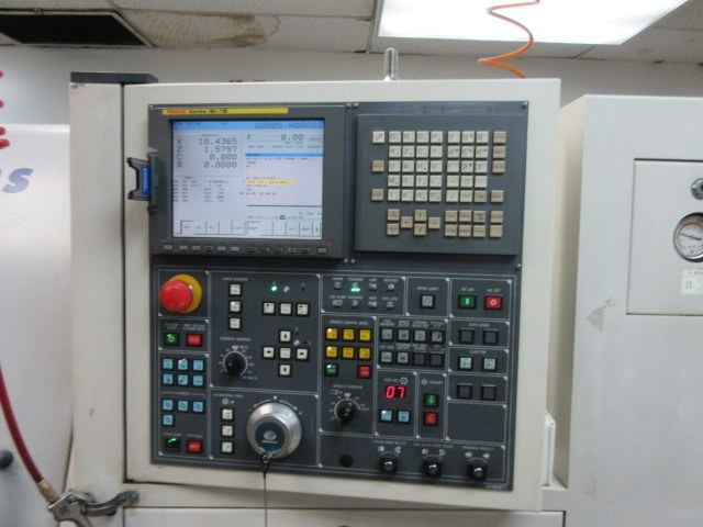 http://www.machinetools247.com/images/machines/15461-Daewoo Puma-240 MSB 7.jpg