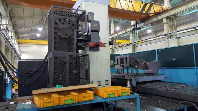 http://www.machinetools247.com/images/machines/15619-Doosan DBC-130 L.jpg