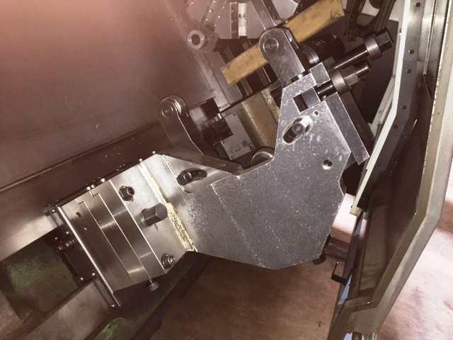 http://www.machinetools247.com/images/machines/15800-Doosan Puma-400 LB 4.jpg