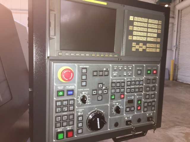 http://www.machinetools247.com/images/machines/15800-Doosan Puma-400 LB 6.jpg
