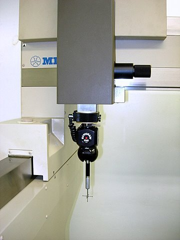 http://www.machinetools247.com/images/machines/15829-Mitutoyo FN-905 c.jpg