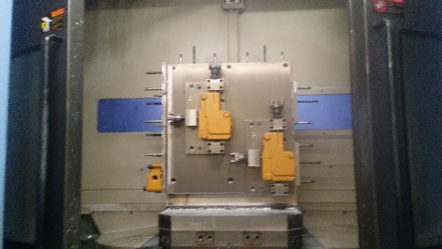 http://www.machinetools247.com/images/machines/15868-Doosan NHM-6300 b.jpg