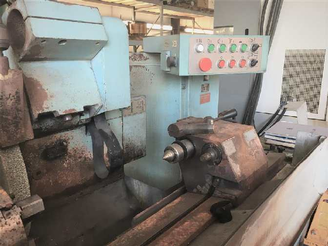 http://www.machinetools247.com/images/machines/15904-Tos-Hostivar BUAJ 28-630 c.jpg