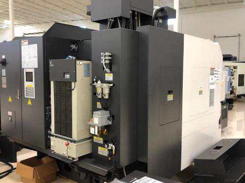 http://www.machinetools247.com/images/machines/15945-Okuma Genos M-560 d.jpg