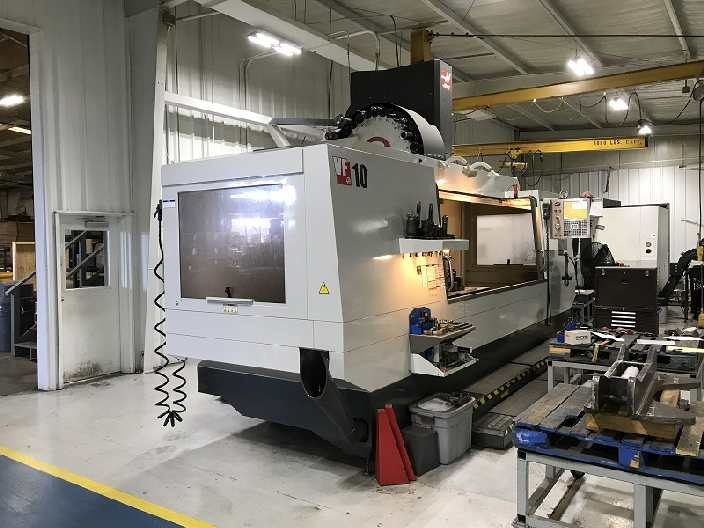 http://www.machinetools247.com/images/machines/15956-Haas VF-10-50 d.jpg
