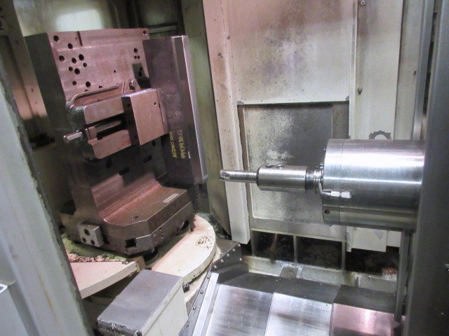 http://www.machinetools247.com/images/machines/16029-Doosan DHC-400 c.jpg