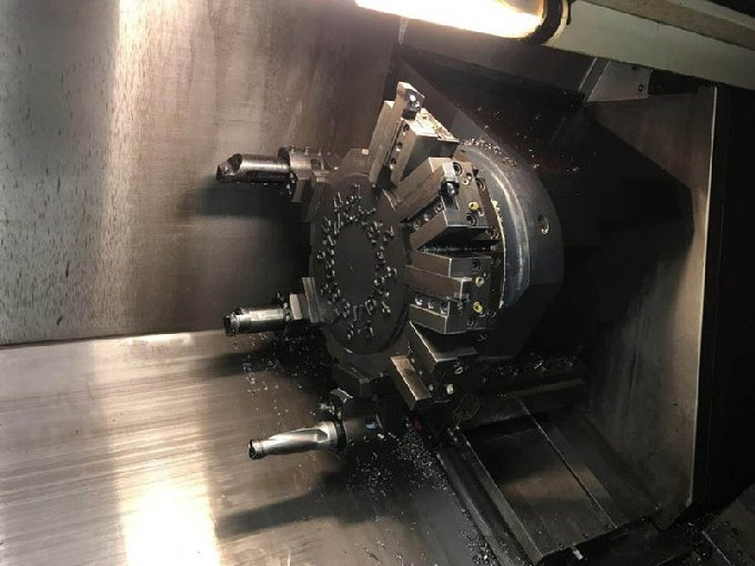 http://www.machinetools247.com/images/machines/16064-Doosan Puma-2600 LM 6.jpg
