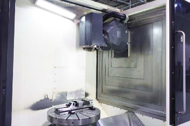 http://www.machinetools247.com/images/machines/16072-Deckel-Maho DMU-80 FD duoBLOCK 1.jpg