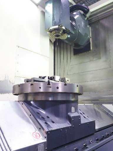 http://www.machinetools247.com/images/machines/16072-Deckel-Maho DMU-80 FD duoBLOCK 2.jpg