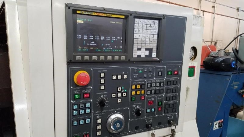 http://www.machinetools247.com/images/machines/16101-Daewoo Puma-240 MA 5.jpg