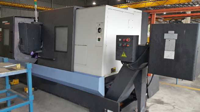 http://www.machinetools247.com/images/machines/16104-Doosan Puma-480 L 2.jpg