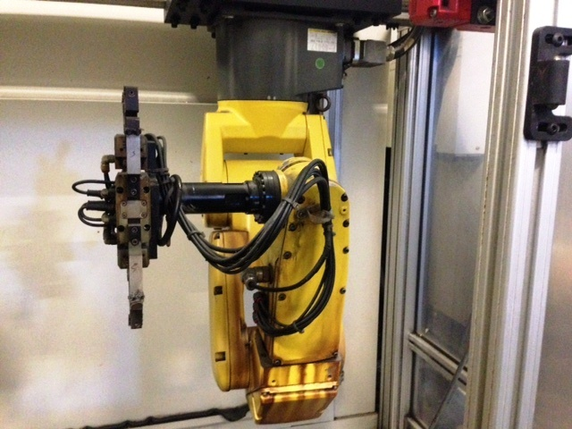 http://www.machinetools247.com/images/machines/16121-Fanuc Robodrill A-T21iE 3.jpg
