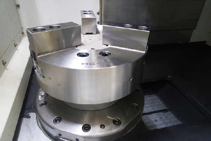 http://www.machinetools247.com/images/machines/16140-Hyundai-Wia LV-450 RM 1.jpg