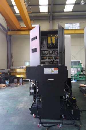 http://www.machinetools247.com/images/machines/16140-Hyundai-Wia LV-450 RM 3.jpg