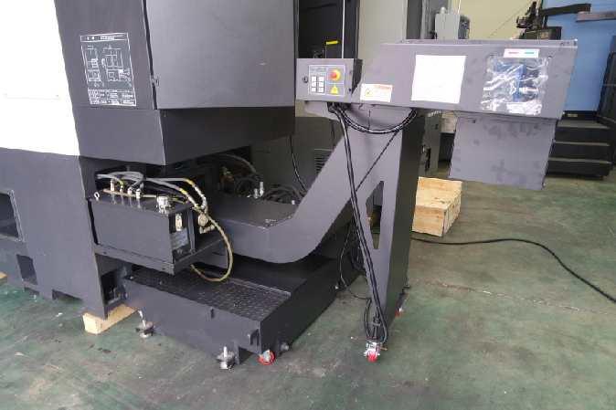 http://www.machinetools247.com/images/machines/16140-Hyundai-Wia LV-450 RM 4.jpg