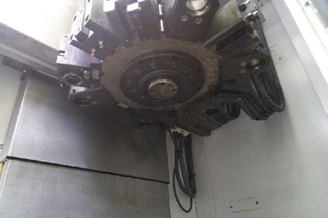 http://www.machinetools247.com/images/machines/16140-Hyundai-Wia LV-450 RM 8.jpg