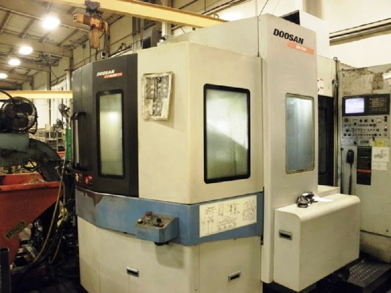http://www.machinetools247.com/images/machines/16182-Doosan HM-500.jpg