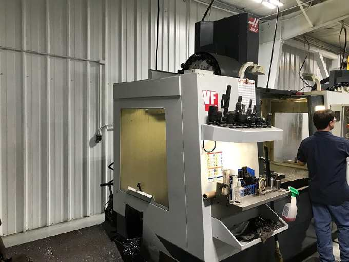 http://www.machinetools247.com/images/machines/16200-Haas VF-4 d.jpg