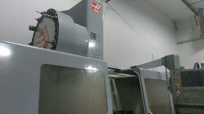 http://www.machinetools247.com/images/machines/16240-Haas VF-10-50 b.jpg