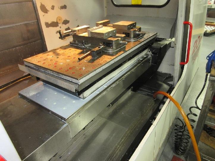 http://www.machinetools247.com/images/machines/16277-Haas VF-3 APC 2.jpg