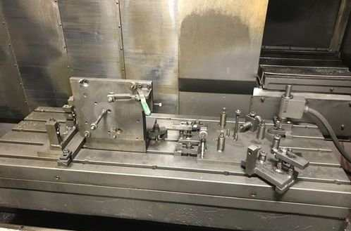 http://www.machinetools247.com/images/machines/16279-Mazak VTC-200 B 2.jpg