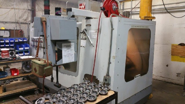 http://www.machinetools247.com/images/machines/16327-Haas VF-4 a.jpg