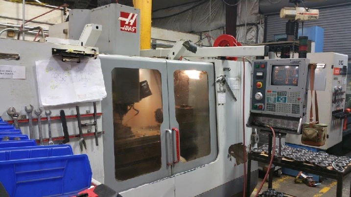 http://www.machinetools247.com/images/machines/16327-Haas VF-4.jpg