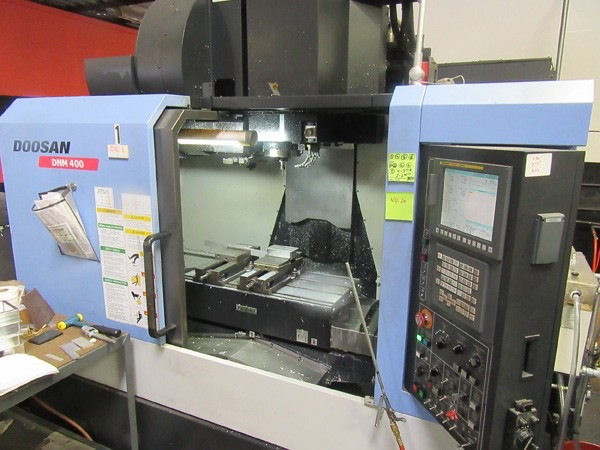http://www.machinetools247.com/images/machines/16334-Doosan DNM-400.jpg