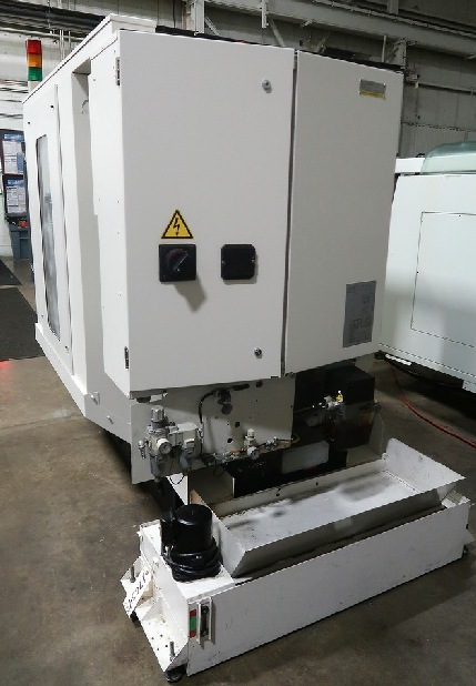 http://www.machinetools247.com/images/machines/16355-Fanuc Robodrill A-T21iEE 3.jpg