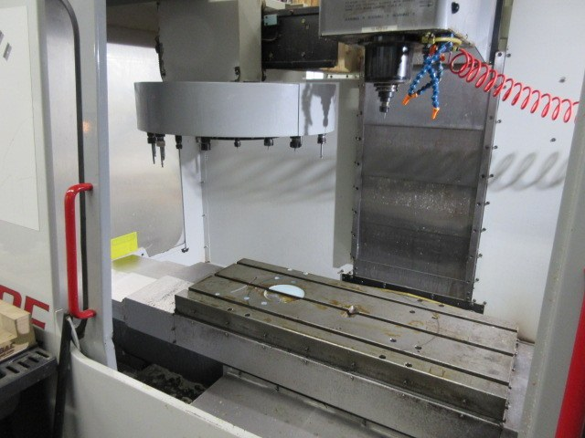 http://www.machinetools247.com/images/machines/16405-Haas VF-OE 3.jpg