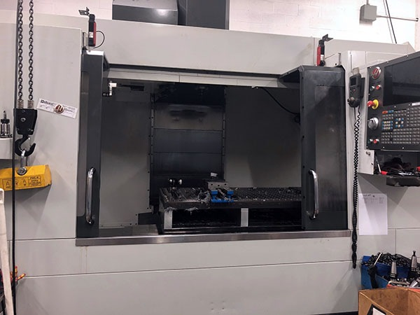 http://www.machinetools247.com/images/machines/16466-Haas VF-6-40 a.jpg