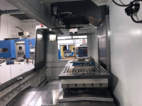 http://www.machinetools247.com/images/machines/16466-Haas VF-6-40 d.jpg