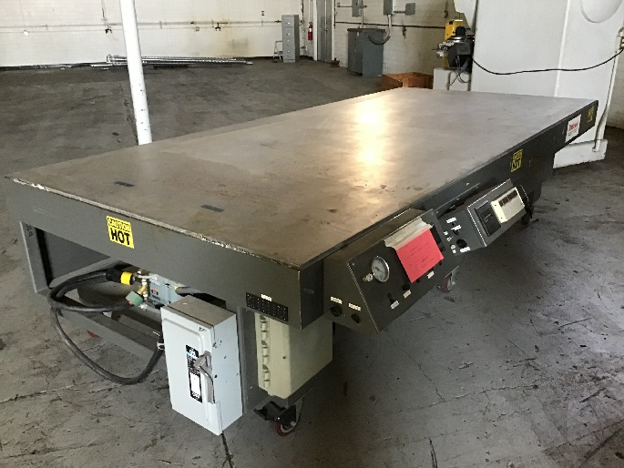 http://www.machinetools247.com/images/machines/16484-BriskHeat Curing-Debulking Table.jpeg