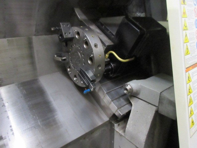 http://www.machinetools247.com/images/machines/16490-Haas SL-20 TM 3.jpg