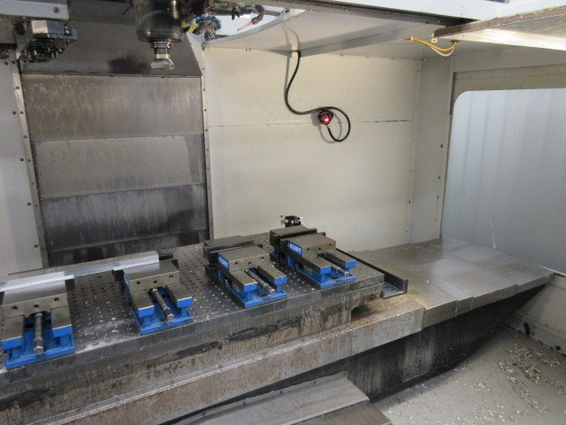 http://www.machinetools247.com/images/machines/16557-Haas VF-6-40 d.jpg