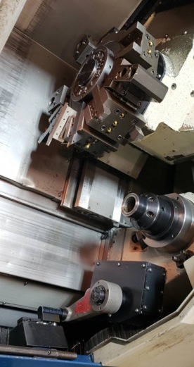 http://www.machinetools247.com/images/machines/16580-Doosan Puma-2000 SY 3.jpg