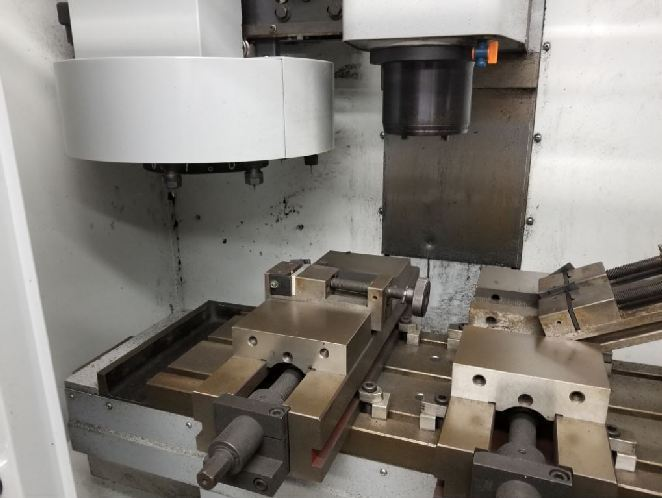 http://www.machinetools247.com/images/machines/16595-Haas Mini-Mill 2.jpg
