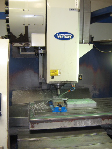 http://www.machinetools247.com/images/machines/16699-Mighty Viper VMC-1230 a.jpg